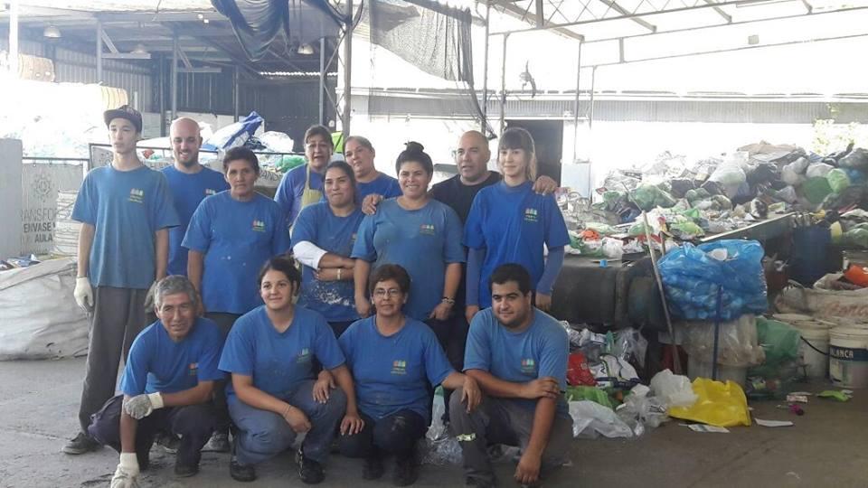 El 30% de la basura que se recicla en las casas está mal separada- CLARIN